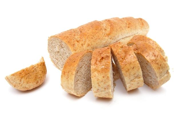 白い背景の上のふすまとカットされた長いパン