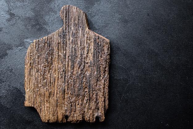Разделочная доска или сервировочная посуда кухня оригинальная форма ручной работы из дерева