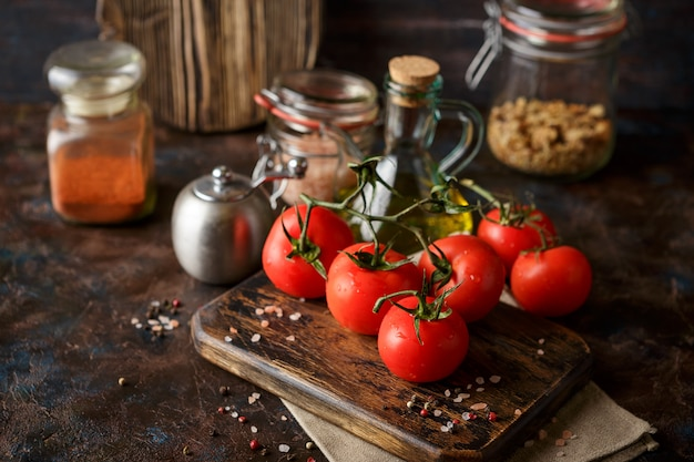 Cutting board with cherry tomatoes