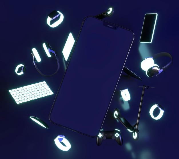 스마트 폰과 키보드가있는 사이버 월요일