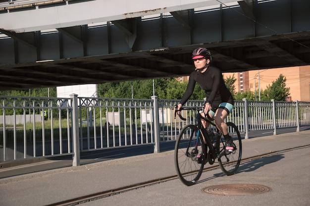 Езда на велосипеде в городских условиях
