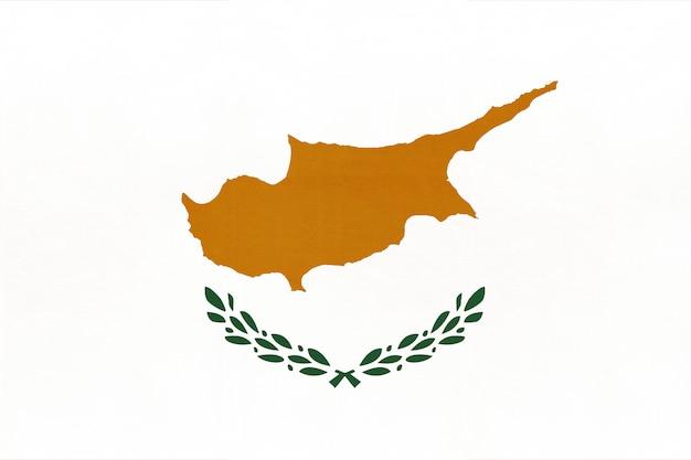 キプロスの国旗、テキスタイル背景。ヨーロッパの世界の国の象徴。