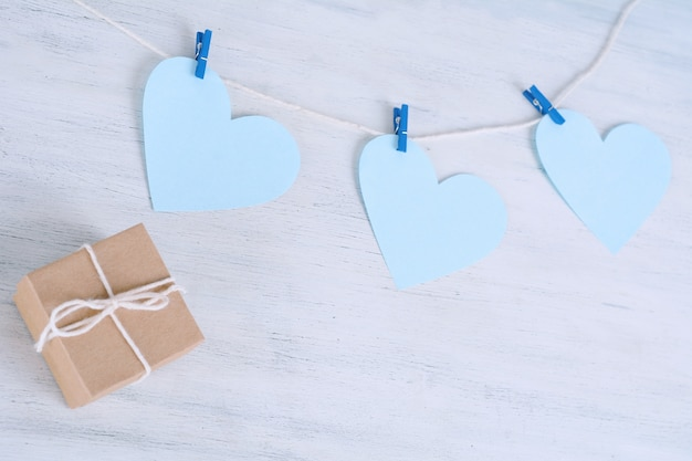 Dad message written on hearts hanging on