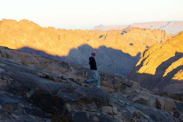 ダハブエジプトシナイ山脈のベドウィンの肖像画