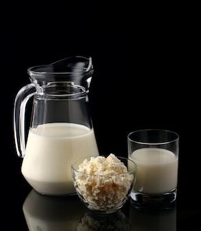 黒の乳製品