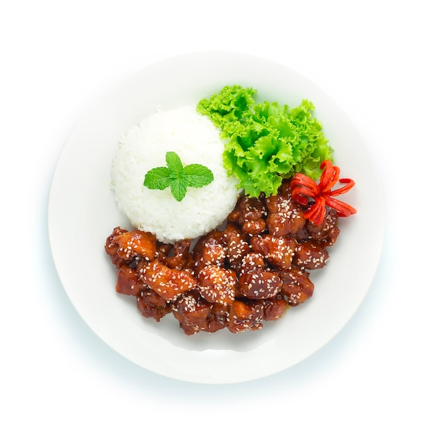 Жареная курица (dak gang jung) с оригинальным соусом