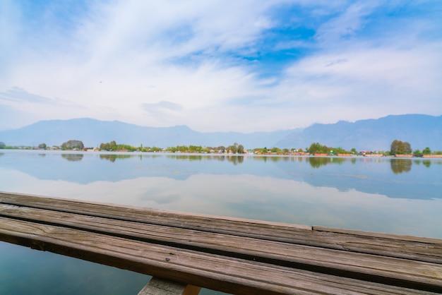 Dal lake、カシミール、インド