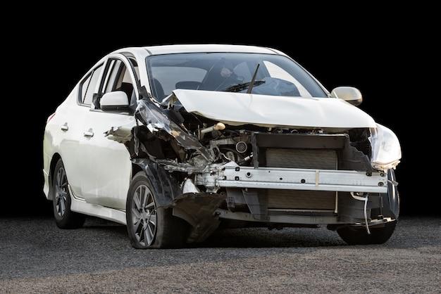 破損したクラッシュカー