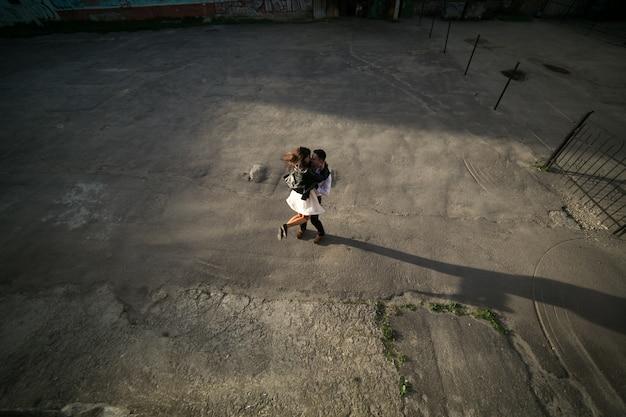 Танцы пара смотреть сверху
