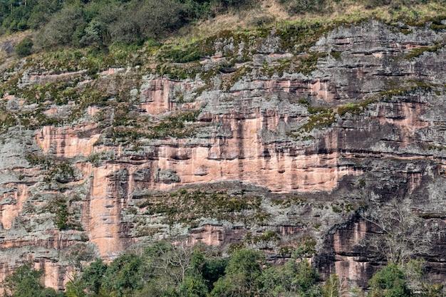 カルスト自然の丹霞地形山