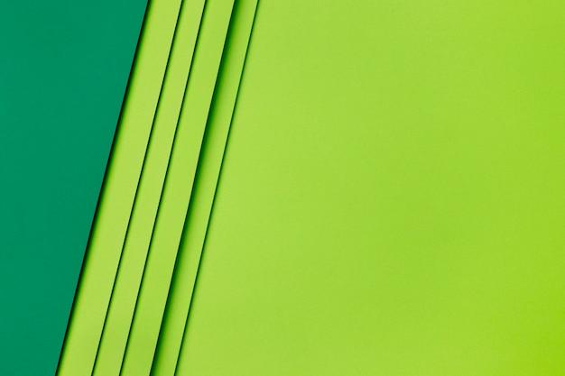 濃い緑色と薄い緑色の紙の形