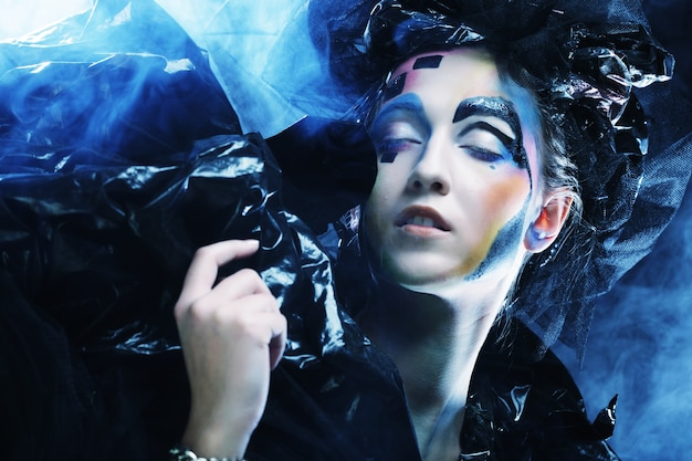 Dark beautiful gothic princess. 할로윈 파티.