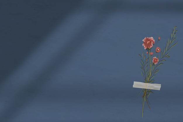 꽃과 어두운 파란색 벽 그림자 배경