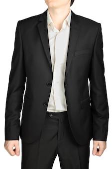 ダークグレーのウェディングスーツ、ボタンを外したジャケット、白いシャツ、ネクタイなし、白い背景で隔離。