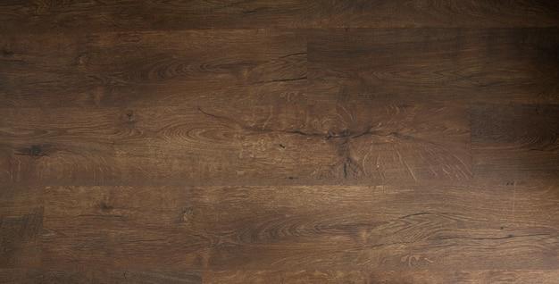어두운 오크 바닥. 나무 바닥, 오크 마루-나무 바닥, 오크 라미네이트.