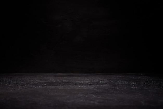 Темная комната с полом гранж фон