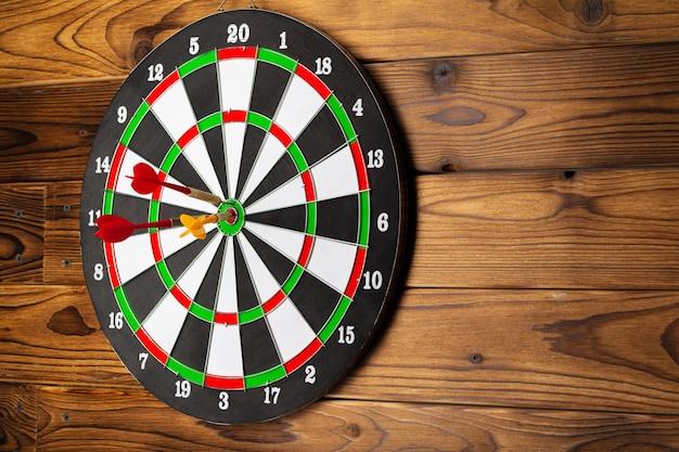 The darts on wood