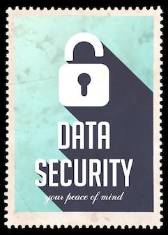ブルーのデータセキュリティ。長い影とフラットデザインのヴィンテージコンセプト。