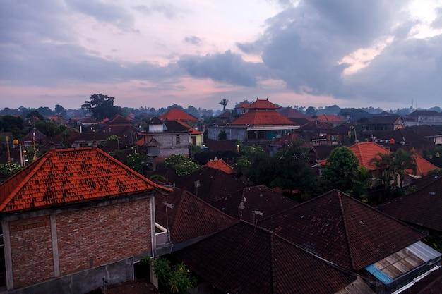 인도네시아 발리 섬의 옥상, 우붓의 새벽