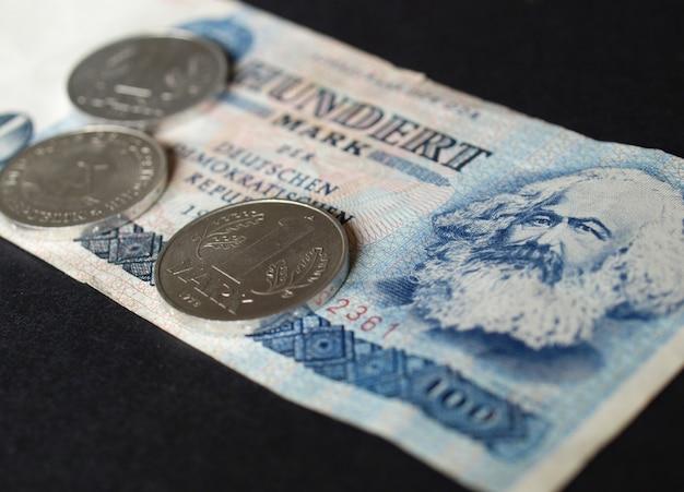 Ddr mark banknote
