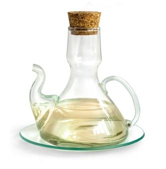 白に分離された酢とデカンター