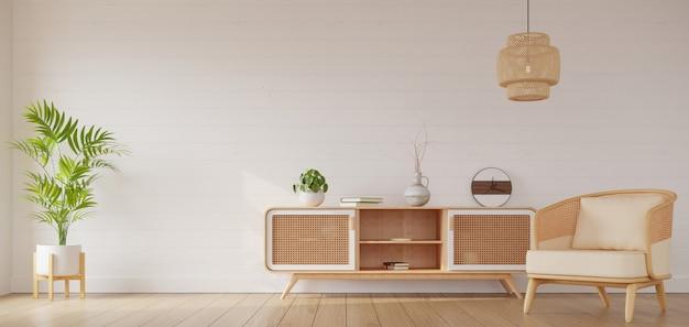 Украшение светлой гостиной с мебелью из ротанга