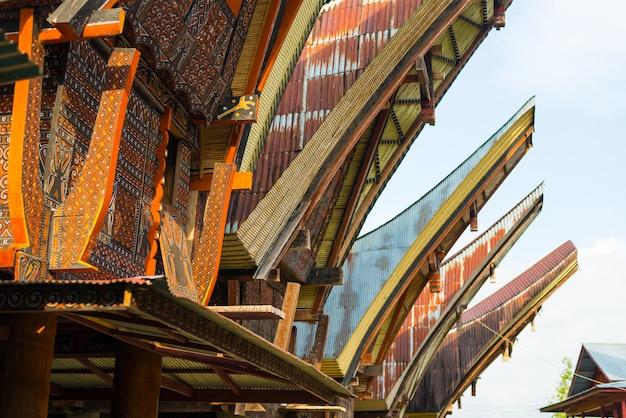 タナトラジャの伝統的な村の装飾