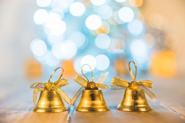 Декоративные рождественские колокола