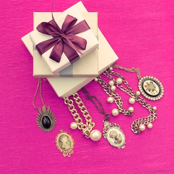 The decorative composition is packed in a gifts box for women.