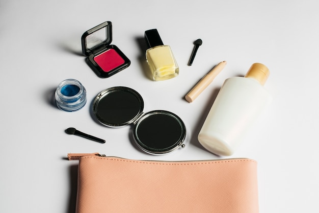 装飾化粧品組成物
