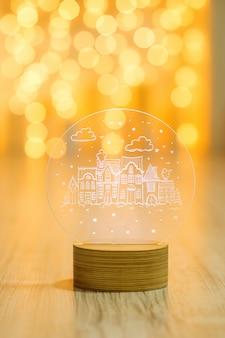 Декоративный стеклянный фонарь с новогодним узором на теплой