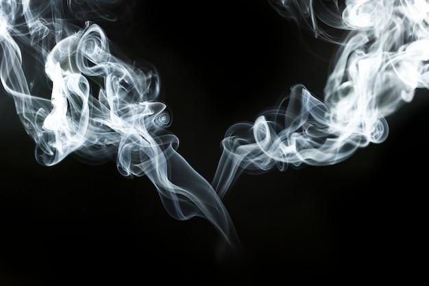Декоративные волнистые силуэты дыма