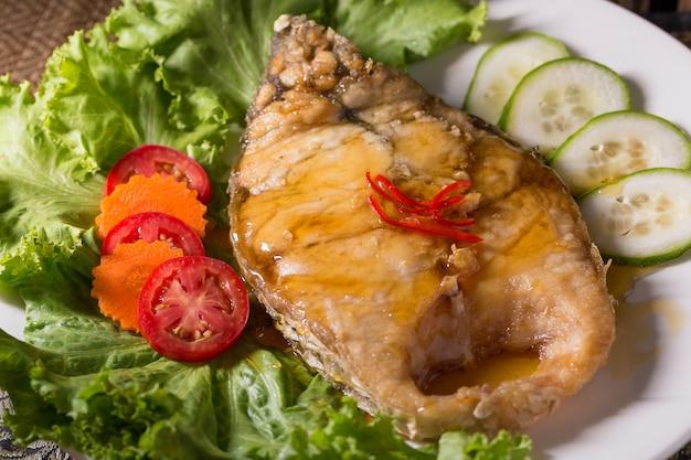 Deep fried fish with fish sauce