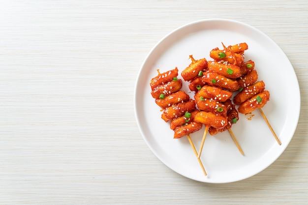 매콤한 양념 꼬치 튀김 (떡볶이)