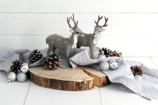 鹿の動物のおもちゃ