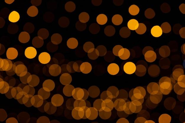 Расфокусированный свет боке в ночное время. красивый свет боке.