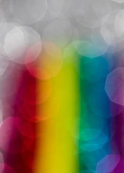 Scintillio arcobaleno brillante sfocato