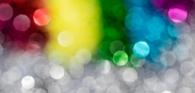 Glitter scintillanti sfocati dell'arcobaleno