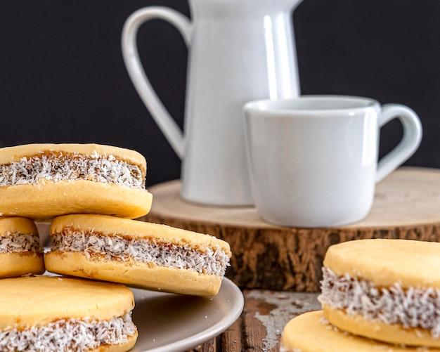 Концепция вкусного печенья альфахорес