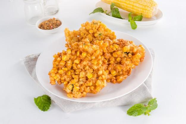 Вкусные и полезные индонезийские десертные кукурузные оладьи
