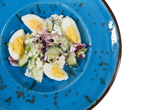 Вкусный и полезный салат для поддержания фигуры в домашних условиях