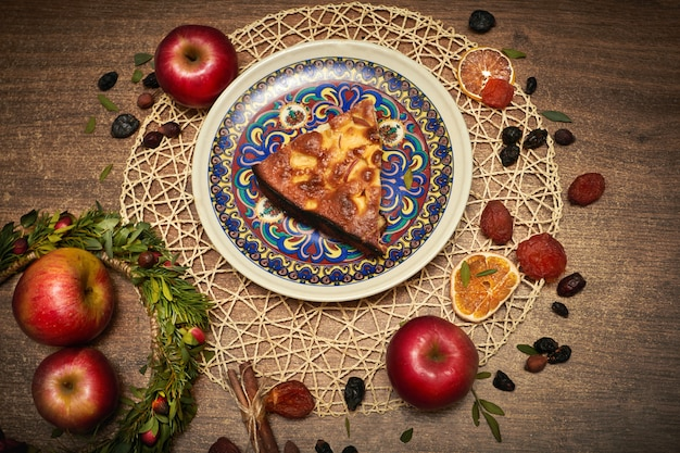 Delicious apple pie baked at home. sweet pie