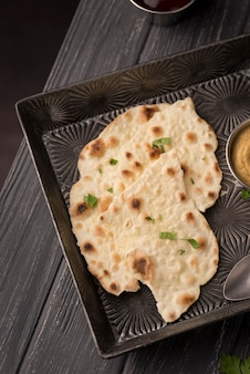 Delicious assortment of traditional roti Free Photo