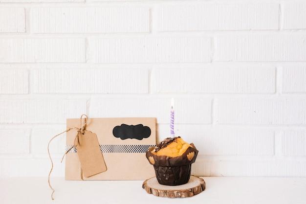 Вкусный подарок кексы и письмо