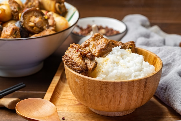 Delicious braised spareribs and rice