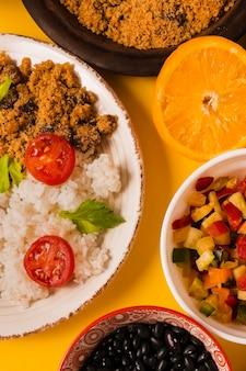 맛있는 브라질 음식 배열