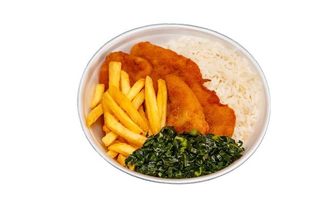 Вкусное блюдо из курицы в панировке с рисом, фасолью и капустой