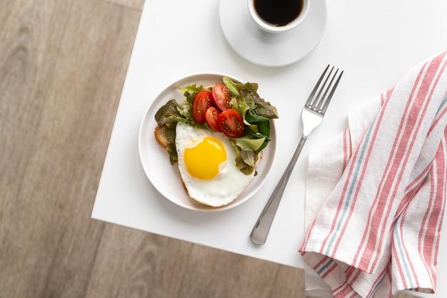 おいしい朝食の食事の品揃え