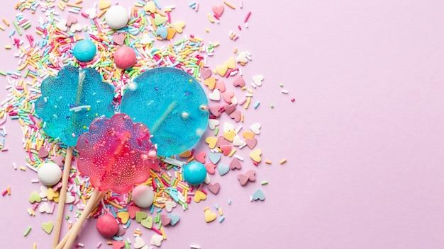 Концепция вкусных конфет с копией пространства Бесплатные Фотографии