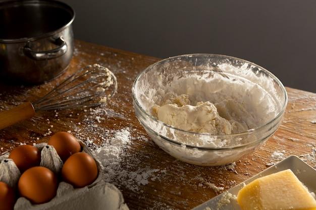 Вкусная композиция для приготовления сырного хлеба